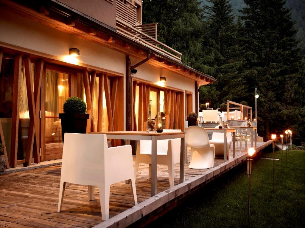 D v chalet hotel spa madonna di campiglio s hotel for Boutique hotel spa
