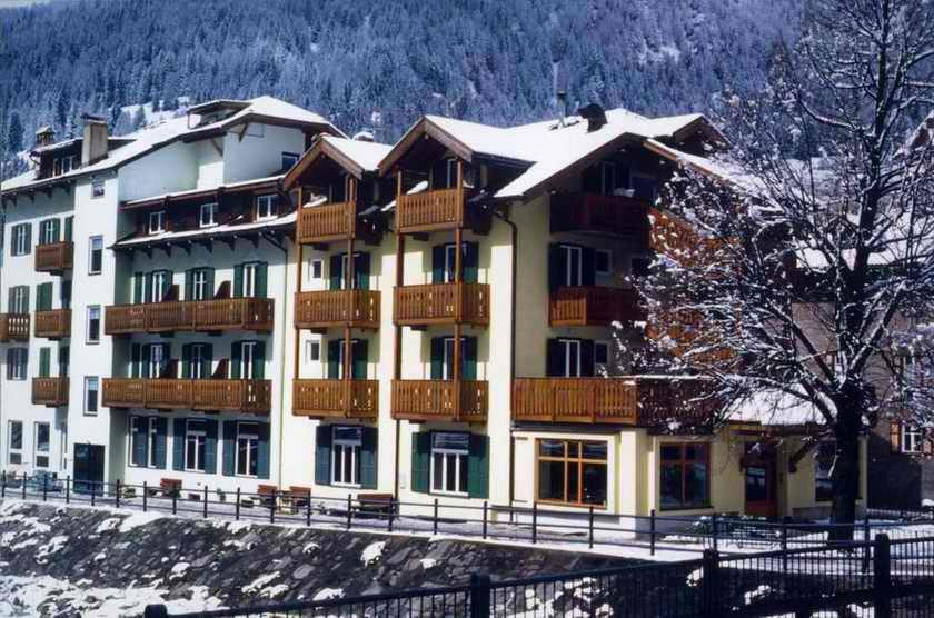Hotel Laurino Moena Booking